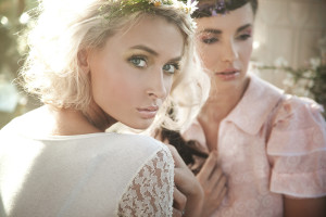女性デザイナー,美容デザイン
