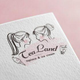 可愛い女の子のロゴマークデザイン